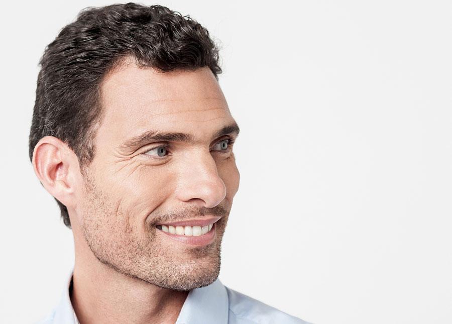 Cirugía de la frente para masculinización facial