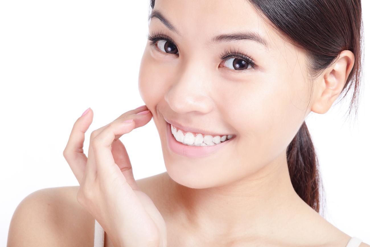 La mirada asiática y la cirugía de los ojos